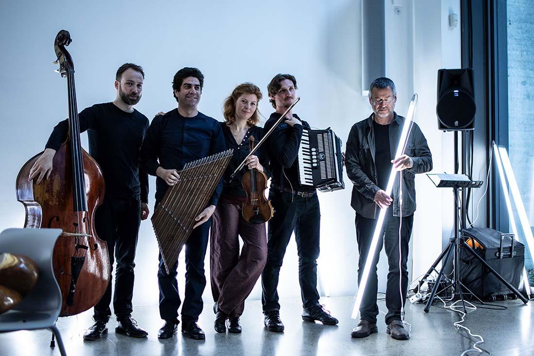 Foto Ensemble Megaphon für Projekt Moving Spaces